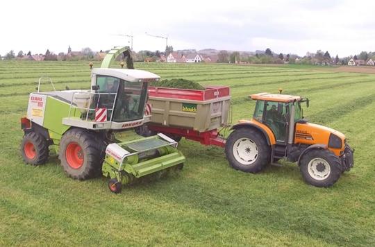 Claas tracteur Renault