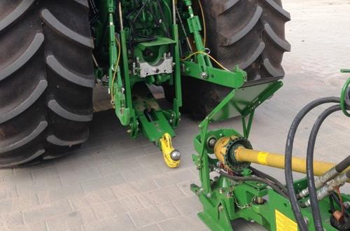 Attelage tracteur