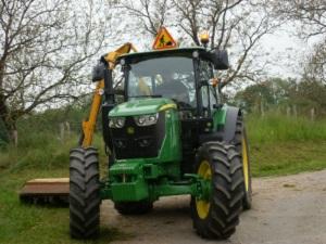 Tracteur dans les communes