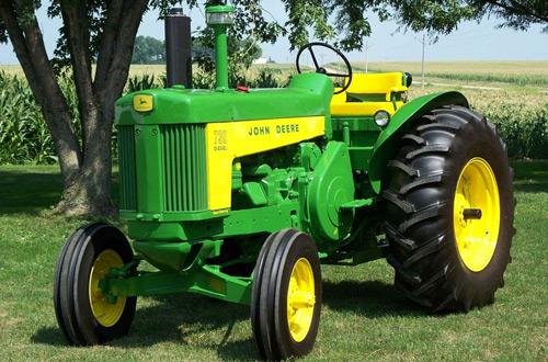 Tracteur ancien John Deere
