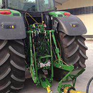 Attelage tracteur John Deere